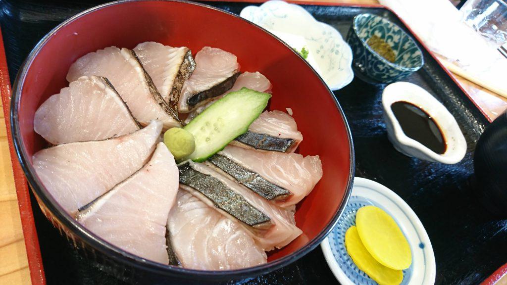 豊前市にある食堂、漁師食堂 うのしま豊築丸で「秋サワラあぶり丼」を食べた!