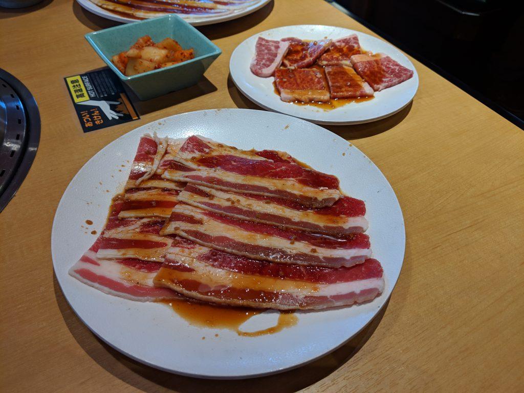 小倉南区にある焼肉きんぐ 小倉津田店で食べ放題ランチを食べた!