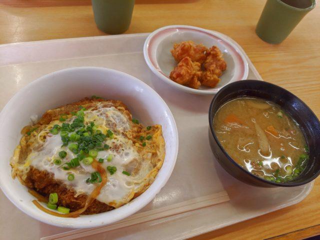 とにかく安い! 華さん食堂 小倉吉田店でカツ丼を食べた!