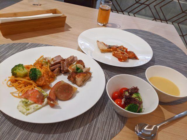 北九州市で一番おいしい食べ放題! オールデイダイニング リートスでランチを食べた!