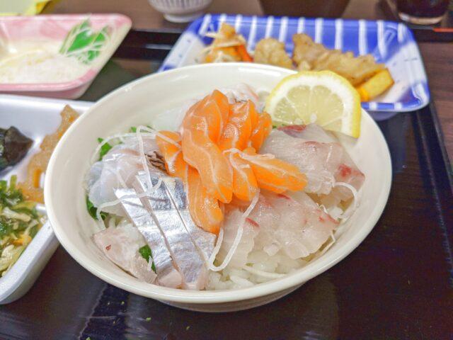 鮮魚の達人 鮮達でセルフ海鮮丼を作ってみた!