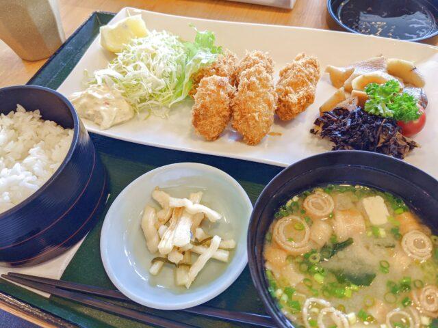 小倉記念病院の中にあるはなさき食堂でカキフライ定食を食べた!