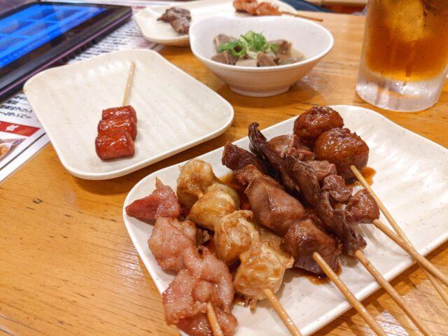 小倉北区にある大衆酒場ホームラン食堂で焼き鳥を食べた!