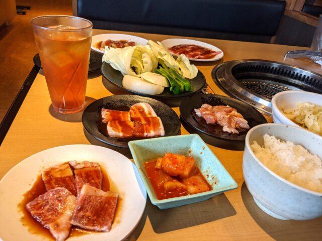 小倉南区にある焼肉きんぐで平日の食べ放題ランチを食べた!