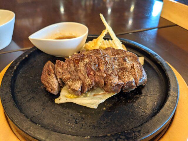 小倉北区にあるLive & Grill beyondでビヨンドバイキングを食べた!