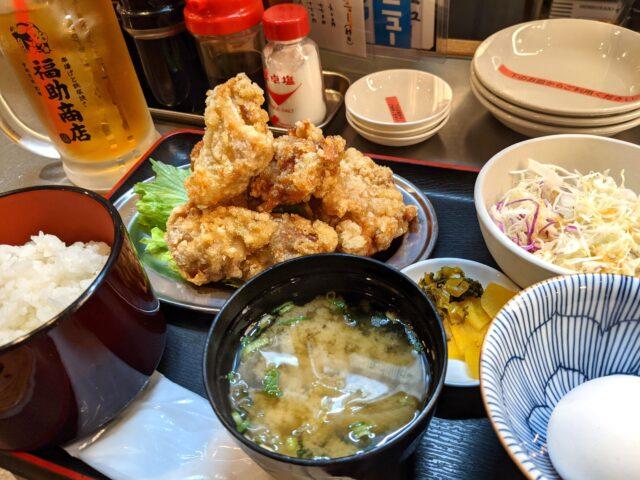 小倉北区にある福助商店で唐揚げ食べ放題定食を食べた!