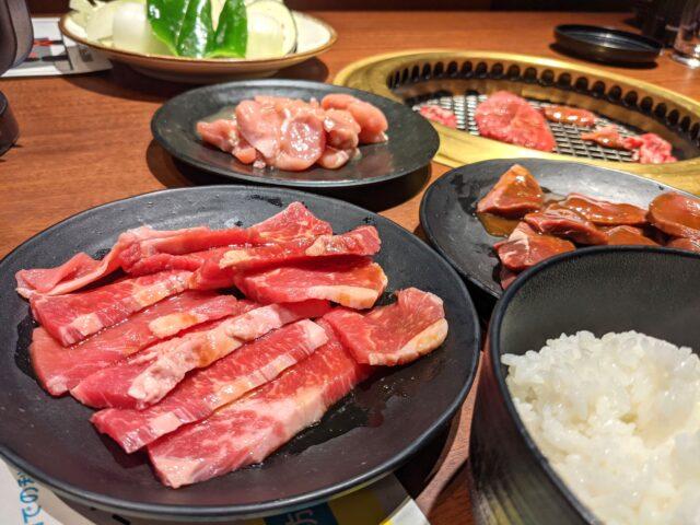 焼肉WESTの牛ヒレサイコロランチ食べ放題を食べた!